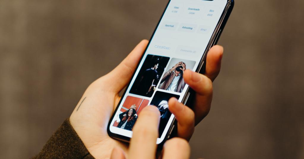 【無料アプリで簡単】iPhoneでYouTubeサムネイルを作る方法